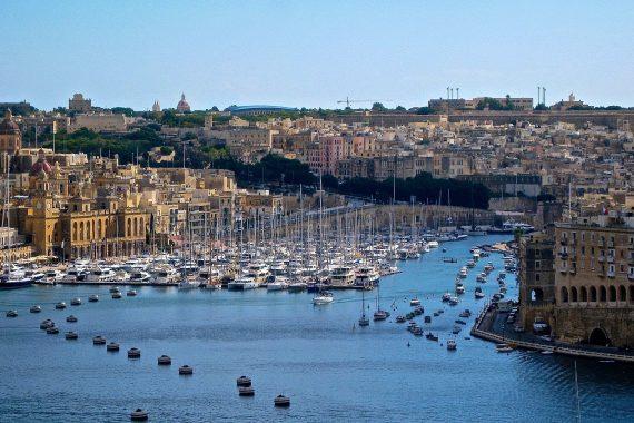 Campamento para adultos en Malta. Verano 2020